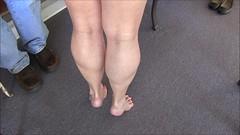 vlcsnap-2018-04-03-13h28m10s195 (ARDENT PHOTOGRAPHER) Tags: muscularcalves tiptoe flexing muscularwoman