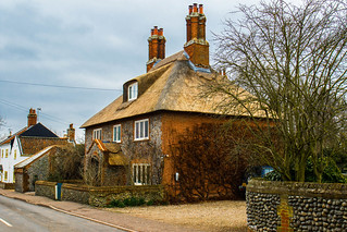 Built to last Old Seventeen Century house in Happisburgh
