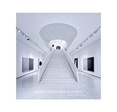 Looking up to Goethe . . . (Dichtung & Wahrheit (Poetry and Truth)) Tags: andy warhol frankfurt art stairs