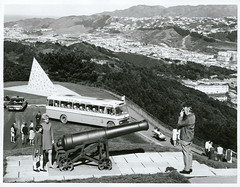 Tourists on Mount Victoria, Wellington (Archives New Zealand) Tags: archivesnewzealand archives archivesnz nationalpublicitystudios aotearoa tourism newzealand newzealandhistory nz nzhistory history