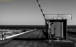 Barrera inutil. Fuerteventura, diciembre 2012.
