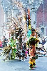 !Feliz cumpleaños, Corinne! (dominiquita52) Tags: mexico plumes indiens features zocalo plazadelaconstitucion