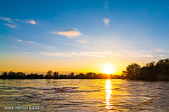 Crecida río Ebro (Cabañas) (OcDiego) Tags: rio ebro ríoebro riverebro river agua water nikon zaragoza aragón cabañas puestadesol sunset tokina tokina1224