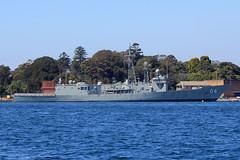 HMAS Darwin, Potts Point, Sydney, September 14th 2014 (Southsea_Matt) Tags: hmasdarwin 04 royalaustraliannavy pottspoint sydney newsouthwales australia spring 2014 september canon 60d sigma 1850mm boat ship water