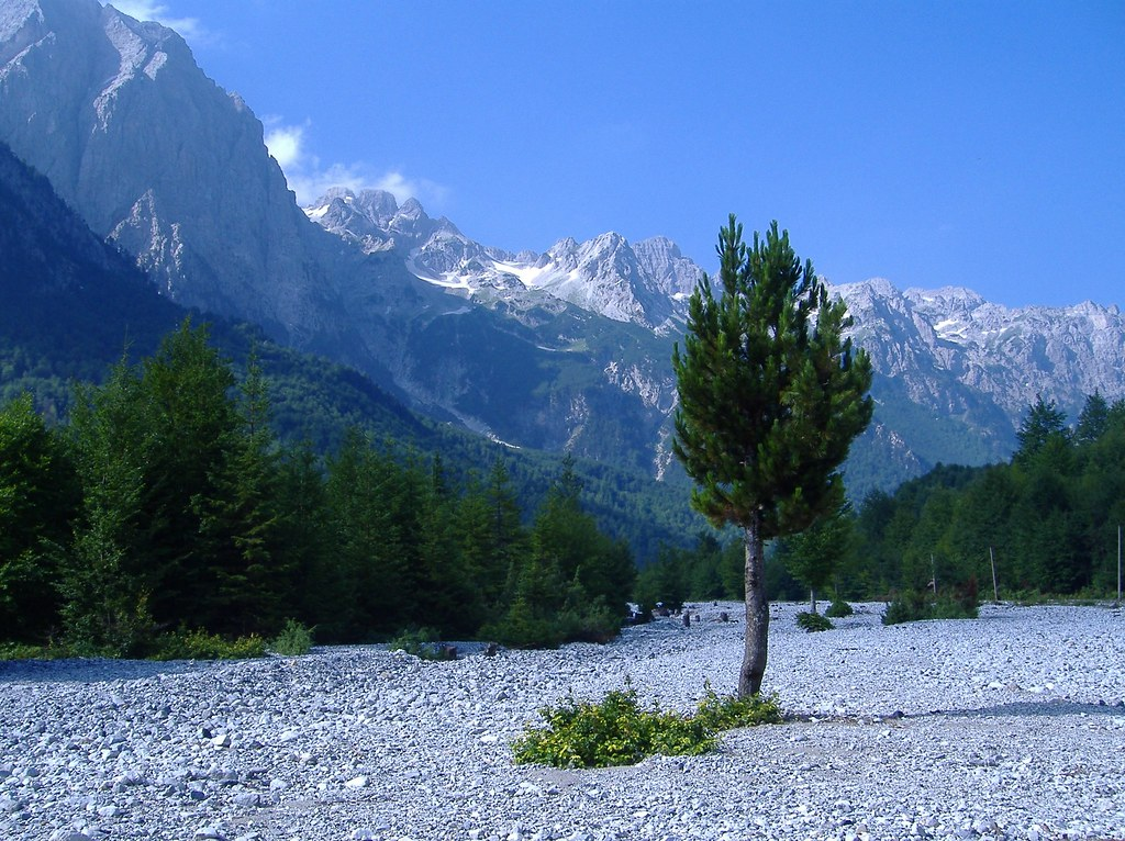 Beautiful, interesting, breath taking pictures from Albania 205166634_c7818c01cd_b
