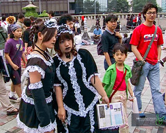 Harajuku - Kids (Rock Steady Images) Tags: girls black japan canon tokyo costume cosplay lace harajuku 200views 500views tear maid 50views s100 2000views 25views 7pointsystem bypaulchambers rocksteadyimages