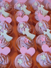 girly cupcakes on mass (kylie lambert (Le Cupcake)) Tags: wedding food cakes cake gorgeous sydney australia sugar cupcake weddingcakes weddingcupcakes cpcakes