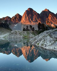 alpenglow (Vida Morkunas (seawallrunner)) Tags: wild usa washington lowlight bravo quality wa wilderness lakeann cwall mtbakerwilderness fivestarsgallery