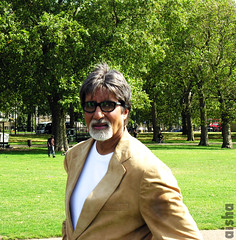 "Another shot for Mister ""Big B"" (Aisha B B) Tags: uk portrait london star nikon indian coolpix bollywood hydepark 8800 amitabhbachan gatmooosha indianactor cheenikum"