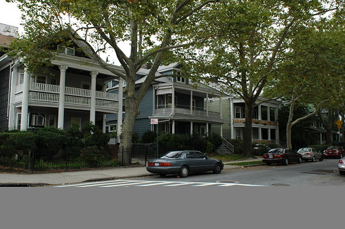 364 (left), 358, and 352 Argyle Road, Beverley Square West