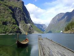 Fjord (mattrkeyworth) Tags: water norway landscape pier boat sony scenic fjord viking v1 tranquil gudvangen dscv1 mattrkeyworth