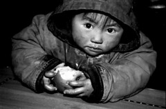 (HubbleBubble) Tags: china girl rural kid country 2006