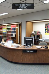 Reference Desk, sans Librarian (highlinelibrary) Tags: plaza library biblioteca librarian highline firstfloor hcc referencedesk highlinecommunitycollege librarytour highlinelibrary askaquestionhere plazalevel maktabad hcclibrary ll100