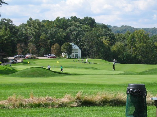 Oakmont Country Club, Overview