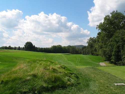 Oakmont Country Club, Hole 16