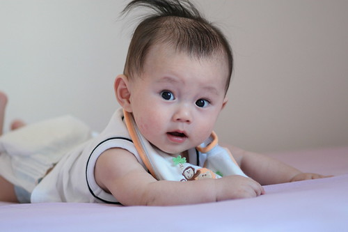 see this baby's hair style, very cool. Is called the Mohawk hairstyle for