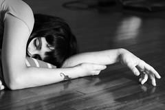 Parisienne - roma b&w blackandwhite bw girl gentediromaromamor reflection floor gente centrifuga sleeping kira