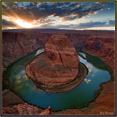 Reflections (Thi) Tags: southwest americansouthwest horseshoebend pageaz