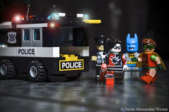 Justice in Gotham City (VISION TORRES) Tags: harleyquinn gotham batman dccomics lele minifigures minifiguras toys cogo bricks actionfigures police robin