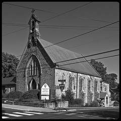 St. Paul's Episcopal Church, Doylestown, PA (pfarkas67) Tags: st pauls episcopal church doylestown pa bucks county olympus omd em10 918mm black white architecture square microfourthirds