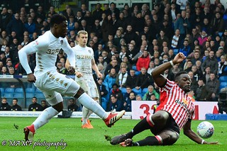 Caleb Ekuban of Leeds united.