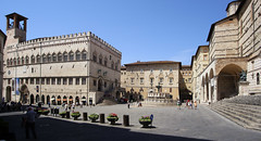 Piazza IV Novembre in the heart of Perugia (B℮n) Tags: palazzodeipriori piazzaivnovembre hallofnotaries nationalgallery gallerianazionaledellumbria palazzodonini rocca paolina palazzodellaprefettura perugia italia italy umbria italië gallery gallerie hilltop town baroquefacade roman ruins history wander hiking walking street walk girl woman building cathedrale duomo travel holiday vacation etruscan medieval umbrië monuments walls museum church centre baroque artwork culture steps panorama viewpoint hill fountain oase piazzaitalia oasis tuscan style salvatore fiume palace donini shopping corsovannucci pietro fontanamaggiore comune di perugiainformatore universita griffin lion 50faves topf50