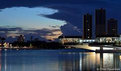 Campina Grande - Paraíba - Brasil. (Chico Figueiredo) Tags: entardecer pôrdosol açude arquitetura arquiteturamoderna arquiteturabrasileiras nuvens bgtpb
