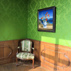 Room with Green Wallpaper (Wilm!) Tags: museum more veldbouquet carelwillink ruurlo green
