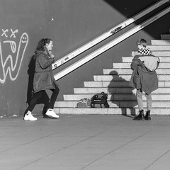 dancing in the corner (every pixel counts) Tags: 2018 berlin street people alexanderplatz mitte city eu urban stairs shadow girl everypixelcounts germany bw blackwhite blackandwhite pavement concrete
