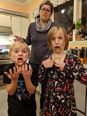IMG_20180323_204741 (majorbonnet) Tags: 2018 seattle kitchen marta rasmus wiebke bandaids bandages pflaster plasters children