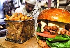 Burger https://t.co/9EDzqXLqXF #istanbul #food #lezzet #mutfak #nefis #kebap #Tarif #yemektarifleri #foodporn #recipe #cooking #recipes #foodie #cook #delicious #healthy #health #yummy (farosgroup) Tags: faros istanbul turkey hotel restaurant meal breakfast lunch food foodie instafood yummy yum foodgasm nomnom recipe delicious dinner