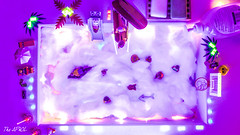 Pool foam party! Fluo!