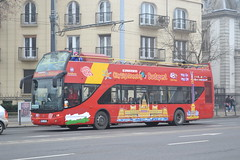 City Sightseeing Budapest PEL-901 (Will Swain) Tags: heroes square budapest 7th january 2018 bus buses transport travel vehicle vehicles county country central capital city centre hungary europe sightseeing pel901 cm943ts florence italy