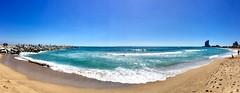 """""""Primavera en el mar"""" (atempviatja) Tags: playadelsomorrostro barcelona primavera turquesa azul color arena playa sol nubes cielo mar"""