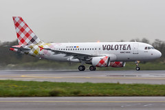 Volotea / A319 / EC-MTM / LFRS 03 (_Wouter Cooremans) Tags: nte nantes lfrs nantesatlantique airport aeroport spotting spotter avgeek aviation airplanespotting volotea a319 ecmtm 03