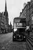 Take a ride (MF[FR]) Tags: 2016 ecosse edimbourg edinburgh scotland street pavement land vehicle bus transportation system noir et blanc black white à impérial samsung nx1 souvenirs remember old town