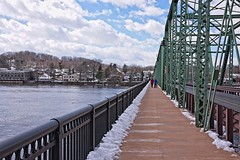 A Short Walk between States (brev99) Tags: d610 tamron28300xrdiif newhope pennsylvania lambertville newjersey ononesoftware on1photoraw2018 nikoutputsharpener bridge delawareriver people