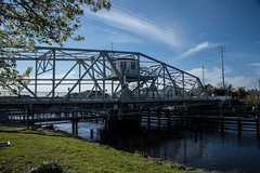 DSC_5319 (Copy) (pandjt) Tags: roadtrip unitedstates usa southcarolina northmyrtlebeach northmyrtlebeachsc littleriverswingbridge swingbridge littleriver bridge intracoastalwaterway littleriversc