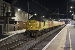 3Q11 37175 (Yardbrush) Tags: peterborough colas 37 tractor growler 37175 testtrain derbyrtc fermepark 3q11 ultrasonic night train railways utu