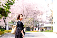 At Tokyo University of the Arts (Dakiny) Tags: 2018 spring march japan tokyo taitoaward ueno uenosakuragi city street people woman portrait girl bokeh nikon d750 nikonclubit