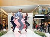 Canary Wharf Spring Fashion Event (Jeff G Photo - 3m+ views - jeffgphoto@outlook.c) Tags: canarywharfspringfashionevent canarywharf canarywharffashionweekend canarywharffashion
