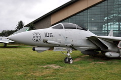 United States Navy (USN) - Grumman F-14D Tomcat - BuNo 164343 - Evergreen Aviation and Space Museum - McMinnville, Oregon - June 2, 2015 169 RT CRP (TVL1970) Tags: nikon nikond90 d90 nikongp1 gp1 geotagged nikkor18105mmvr 18105mmvr oregon mcminnville mcminnvilleoregon mcminnvilleor evergreenaviationspacemuseum evergreenaviationandspacemuseum evergreenairmuseum evergreenmuseum aviation aircraft airplane swingwing swingwings variablegeometrywing variablesweepwing variablegeometrywings variablesweepwings militaryaviation navalaviation buno164343 164343 unitedstatesnavy usnavy usn vf31 grummanaerospace grumman grummanf14tomcat grummanf14 f14tomcat grummantomcat f14 tomcat grummanf14dtomcat grummanf14d f14dtomcat f14d generalelectric ge generalelectricf110 gef110 f110 f110ge400 felix106