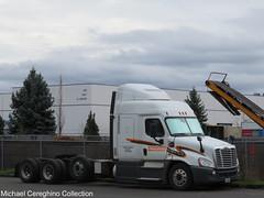 Schneider National 4 axle Freightliner Cascadia, Truck# 62603 (Michael Cereghino (Avsfan118)) Tags: scneider national inc sni freightliner cascadia 4 axle quad midroof mid roof sleeper trucking dedicated anheuser busch ab beer fleet