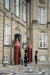 Quite AmalienborG (Insher) Tags: denmark danmark guard amalienborg palace kobenhavn copenhagen