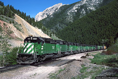 Think GREEN (jamesbelmont) Tags: burlingtonnorthern emd sd402 bozeman montana