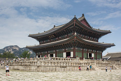 Seoul Royal Palace (Oleg S .) Tags: architecture southkorea seoul palace flickr courtyard