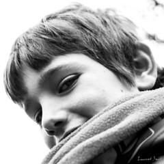 A-02 (laurent.smet) Tags: enfants portrait portraitsenextérieur pâques portraiture children noirblanc blackwhite laurentsmetphotographies