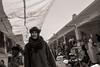 Meat Market (Tom Levold (www.levold.de/photosphere)) Tags: fuji fujix100f marokko morocco x100f zagora porträt bw portrait candid people markt market sw