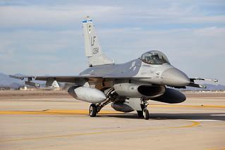 84-1284_F-16CFightingFalcon_USAirForce_LUF_Img02