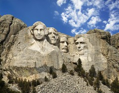 Mount Rushmore (patrick.verstappen) Tags: funny mountrushmore fake phototrick dakota pjoto photo picassa pinterest pat ipernity ipiccy image yahoo cloudds usa america president nikon d7100 sigma google flickr facebook веселая президент fototrick америка рост rolig amerika resning 滑稽 主席 美国 身材 drôle président amérique stature komisch präsident statur αστείοσ πρόεδροσ αμερική ανάστημα gracioso presidente estatura engraçado américa komik devlet başkanı boy georgewashington thomasjefferson theodoreroosevelt abrahamlincoln patrickverstappen 22march2018 patricktrick